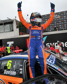 Will Davison wins in Sydney