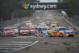 Start V8 Supercars Homebush 2012