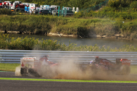 Fernando Alonso crashes at Suzuka, 2012