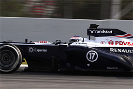 Williams to trial new sidepod design 