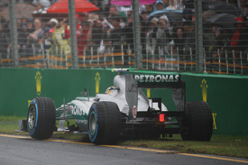 Lewis Hamilton goes off, Melbourne 2013