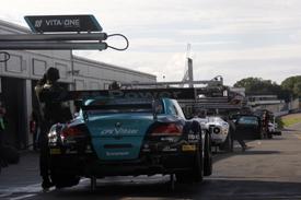 GT1 World pitlane, Donington Park 2012