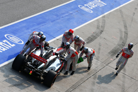 Jenson Button, McLaren, bad pitstop, Sepang 2013