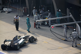 Nico Rosberg retires from the 2013 Chinese GP, Shanghai