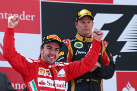 Fernando Alonso and Kimi Raikkonen on the 2013 Spanish GP podium