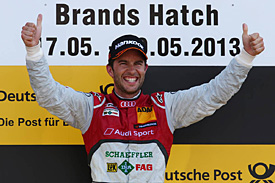 Rockenfeller takes commanding win