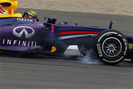 Vettel puts Red Bull on top in FP2
