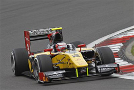 Richelmi grabs maiden GP2 pole