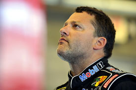 Tony Stewart breaks leg, misses NASCAR Sprint Cup Watkins Glen race