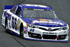 Brian Vickers, Michael Waltrip Racing
