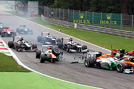 Di Resta reprimanded for crash