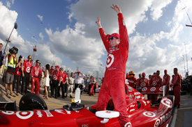 Scott Dixon wins Houston IndyCar 02013
