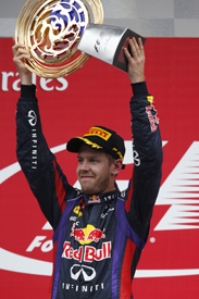 Sebastian Vettel wins the Korean GP 2013