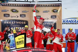 Kevin Harvick wins Kansas NASCAR race 2013