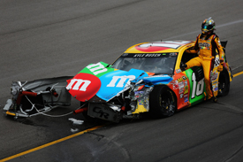Kyle Busch crash, Kansas NASCAR 2013