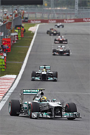 Hamilton defends Mercedes strategy call