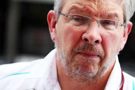 В Mercedes не комментируют новости об уходе Росса Брауна