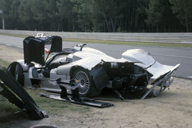 Mercedes Le Mans crash 1999