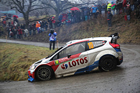 Kubica crashes out of Monte Carlo rally