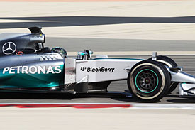 Rosberg buoyed by low-fuel pace