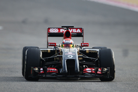 Lotus 'could be lead Renault team'
