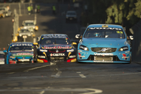 Lowndes wins as Volvo takes podium