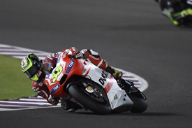 Crutchlow hampered by electronics