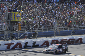 Hamlin wins Talladega under yellow
