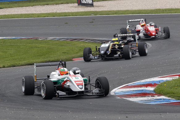 Sam MacLeod leads Nabil Jeffri, Lausitz German F3 2014