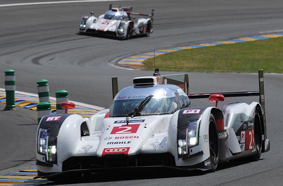 Audi #2 leads Le Mans