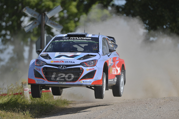New Hyundai to miss start of 2015