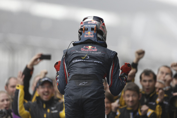Carlos Sainz Jr wins Nurburgring FR3.5 2014