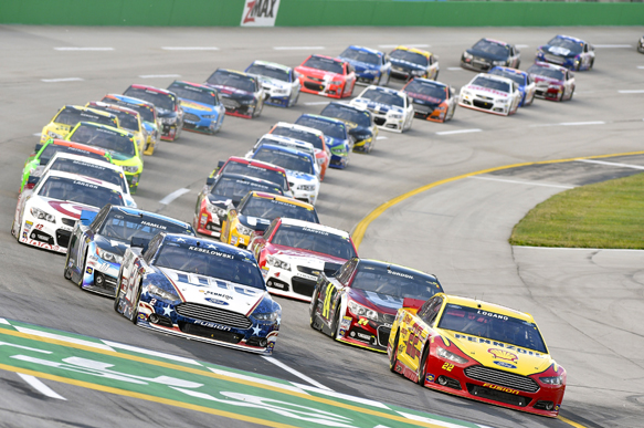 NASCAR bemused by teams' alliance