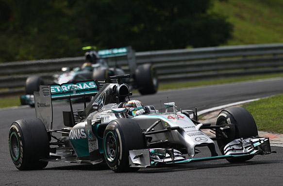 Lewis Hamilton leads Nico Rosberg, Hungarian GP