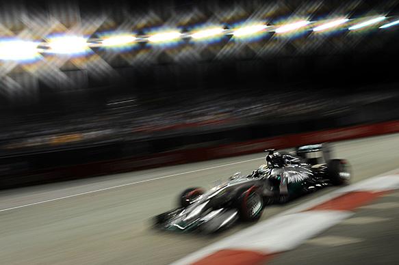 Hamilton takes lead with superb win