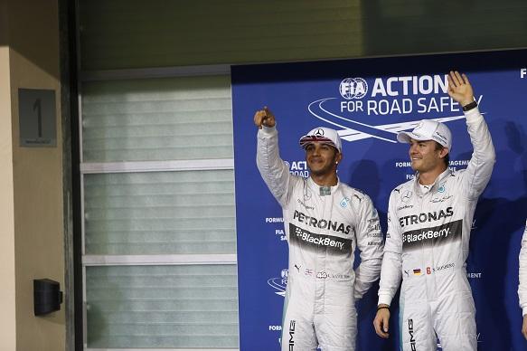 Rosberg hopes pressure gets Hamilton