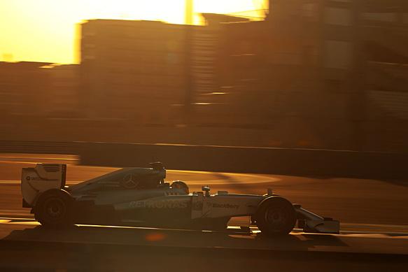 Wehrlein tops final F1 test of 2014