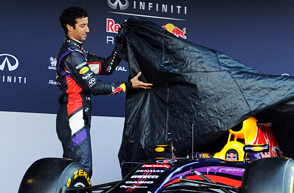 Red Bull opts for late car build