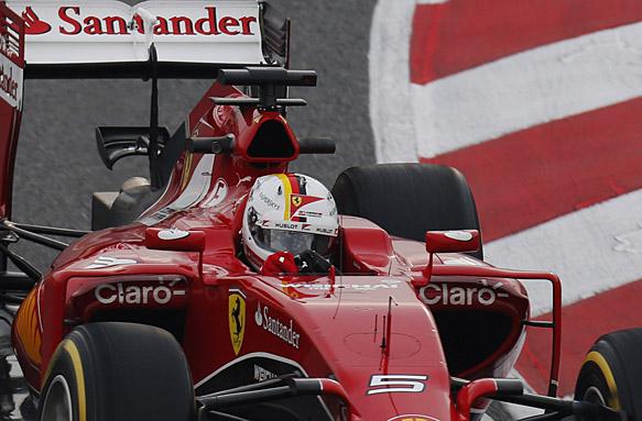 Sebastian Vettel helmet, F1 testing 2015