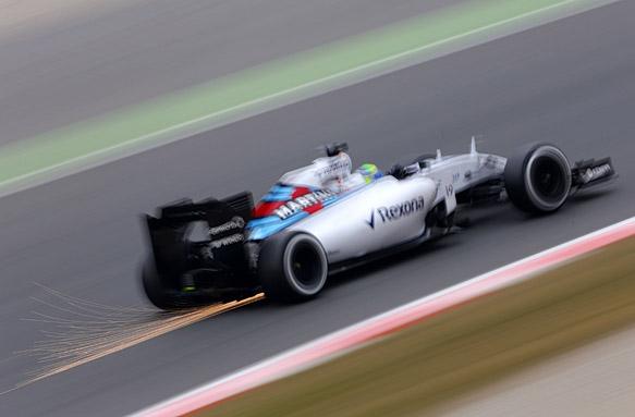 Felipe Massa sparks, F1 testing 2015
