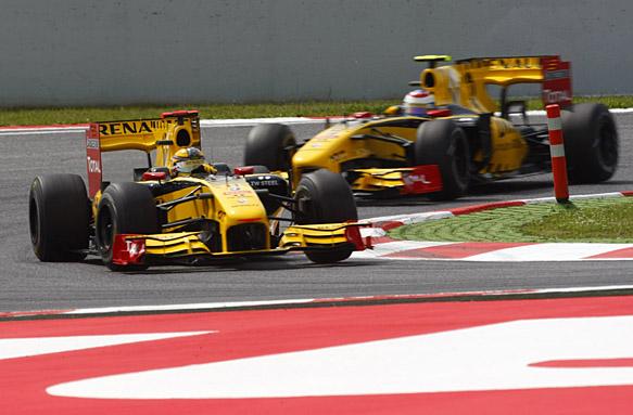 Robert Kubica, Vitaly Petrov, Renault 2010