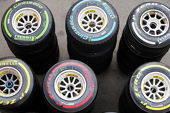 Pirelli reveals first 2015 tyre choices