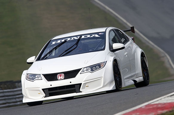 Honda UK helped Team Dynamics with new Type-R model for 2015