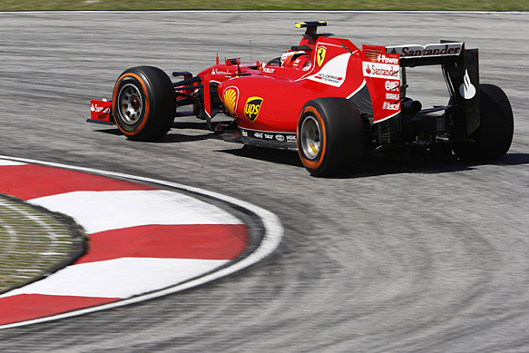 Mercedes duo say Ferrari 'looks great'