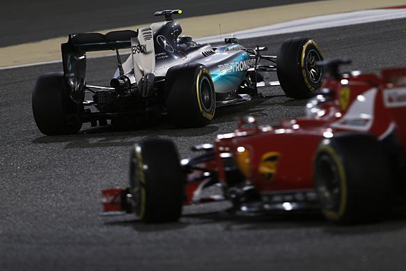 Угроза со стороны Ferrari не заставит Mercedes изменить свои планы