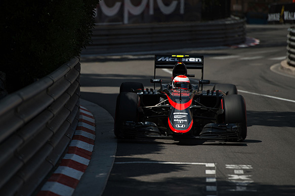 Button: Canada tougher for McLaren