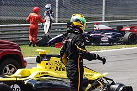 Roberto Merhi and Nicholas Latifi crash, Red Bull Ring FR3.5 2015