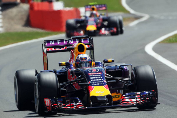 Daniel Ricciardo leads Daniil Kvyat, Red Bull, British Grand Prix 2015