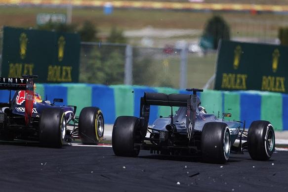 Lewis Hamilton and Daniel Ricciardo contact, Hungarian Grand Prix 2015
