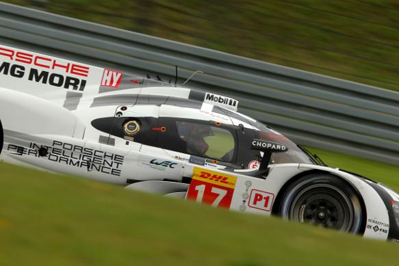 #17 Porsche, Mark Webber, Timo Bernhard, Brendon Hartley, Nurburgring WEC 2015
